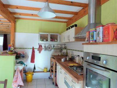 Axe LONS-le-SAUNIER / ORGELET 39 Vends Maison ossature bois 2003 de 135m²env sur terrain 1630m²env, Cuisine équipée  ouverte