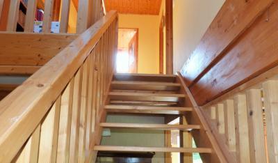 Axe LONS-le-SAUNIER / ORGELET 39 Vends Maison ossature bois 2003 de 135m²env sur terrain 1630m²env, Vers étage