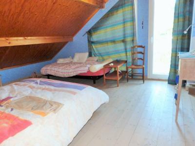 Axe LONS-le-SAUNIER / ORGELET 39 Vends Maison ossature bois 2003 de 135m²env sur terrain 1630m²env, Etage: Chambre 2
