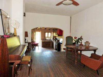 BLETTERANS 39140 JURA Vends belle bâtisse de caractère 227m²env -3 chambres - sur 2800m² env., Salle à manger prolongée de la cuisine