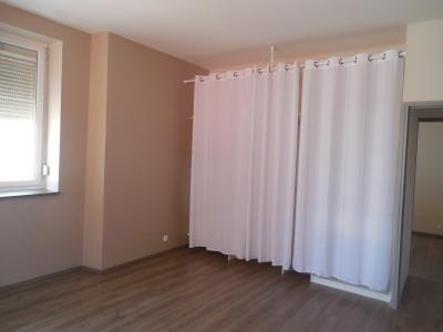 AUXONNE, 21130 Appartement de 88 m², 2 chambres salon, cuisine, restauration récente, centre ville, chambre 1