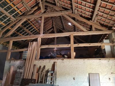 ST JEAN DE LOSNE, à vendre Maison de maître de 250 m², 3 chambres, grange de 250 m², parfait état., cuisine