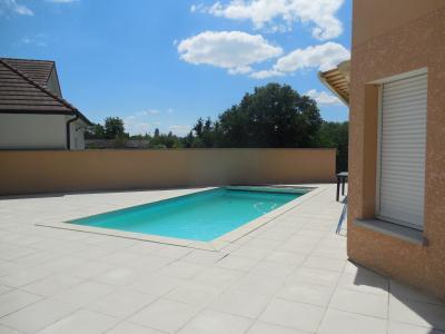 AUXONNE (21130), à vendre Maison contemporaine, 4 chambres plain-pied, piscine terrain clos.,