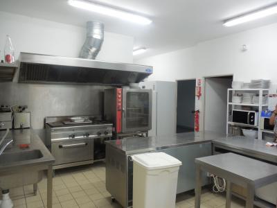 DOLE, 39100, Proche Dole, maison 200 m² loft, à aménager, accès handicap, 1200 m², cuisine
