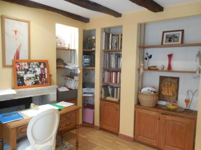 DOLE, 39100, à vendre Maison de ville, secteur sauvegardé, garage, terrasse, 3 chambres.,
