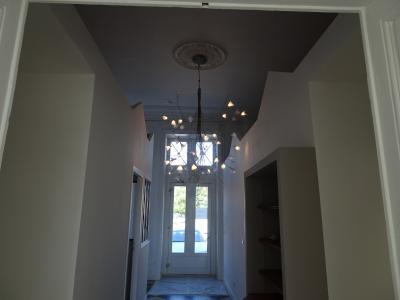 Dole, 39100, Appartement 92 m² plain pied, rez de jardin dans petite copro, 2 chambres,