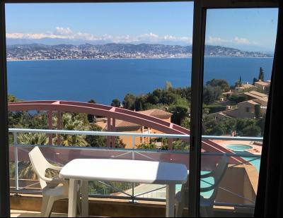Théoule sur Mer (06 Alpes Maritimes), appartement vue mer en duplex, dernier étage avec terrasse, Terrasse