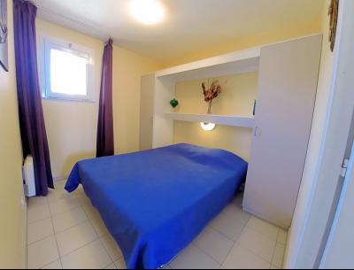 Théoule sur Mer (06 Alpes Maritimes), appartement vue mer en duplex, dernier étage avec terrasse, chambre