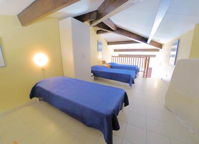 Théoule sur Mer (06 Alpes Maritimes), appartement vue mer en duplex, dernier étage avec terrasse, mezzanine