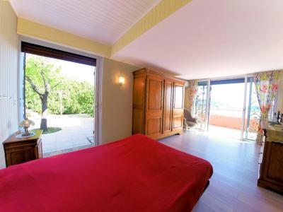 Théoule sur Mer (06 Alpes Maritimes), a vendre villa de 320 m2, vue mer panoramique époustoufflante., chambre 1e étage