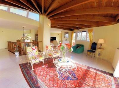 Théoule sur Mer (06 Alpes Maritimes), a vendre villa de 320 m2, vue mer panoramique époustoufflante., salon-séjour