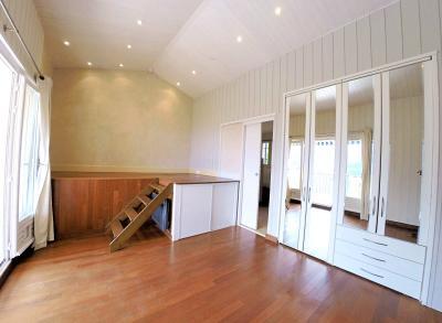 Théoule Miramar (06 Alpes Maritimes), maison jumelée, vue mer, terrasse 20m2 sud ouest, garage, chambre