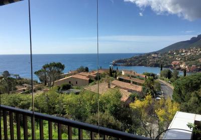 Théoule Miramar (06 Alpes Maritimes), maison jumelée, vue mer, terrasse 20m2 sud ouest, garage, terrasse