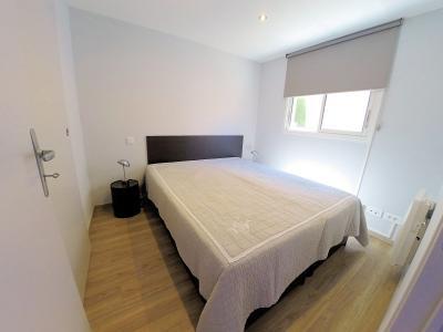 Théoule sur Mer (06), à vendre appartement contemporain, avec vue mer, terrasse, parking, cave, chambre 1