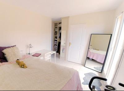 Cannes (Alpes Maritimes) à vendre villa 114 m², 4 chambres, jardin 110m2, garage, secteur Petit Juas, chambre1