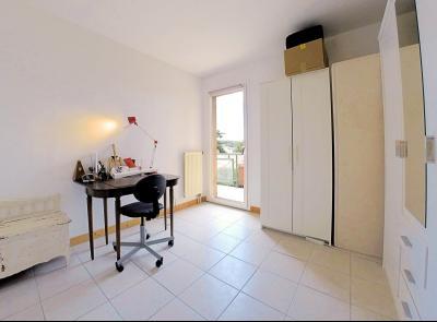 Cannes (Alpes Maritimes) à vendre villa 114 m², 4 chambres, jardin 110m2, garage, secteur Petit Juas, chambre2