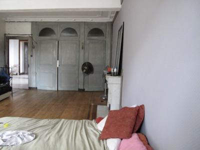 LONS LE SAUNIER (39, Jura), à vendre grande maison de caractère 186 m² avec 4 chambres., chambre 23 m²