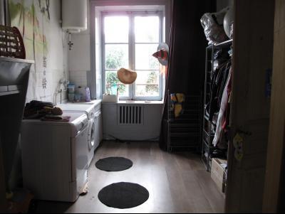 LONS LE SAUNIER (39, Jura), à vendre grande maison de caractère 186 m² avec 4 chambres., Buanderie