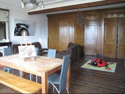 LONS LE SAUNIER (39, Jura), à vendre grande maison de caractère 186 m² avec 4 chambres., séjour salon 43 m² ave placards