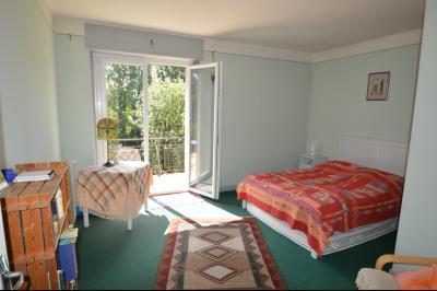 Jura, Région des lacs. Rare ! Propriété équestre 4 ha site idyllique, proche lac de Vouglans., Chambre avec balcon