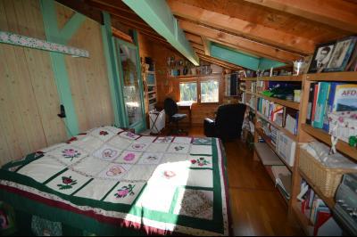 Jura, Région des lacs. Un beau Chalet 175 m², avec une superbe vue, un spa et chalet locatif 35 m²., chambre 14 m²