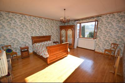 Clairvaux les lacs à 2 min, maison 102 m² habitables avec 3 chambres et terrain clos de 440 m²., chambre étage 22 m²