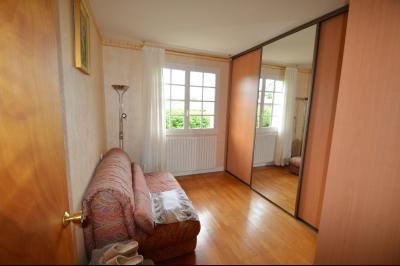 CLAIRVAUX-LES-LACS (JURA), Région des lacs, à vendre belle maison avec piscine interieure., chambre 10 m²  avec dressing