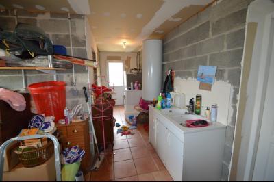 Clairvaux-les-lacs (39130), A vendre Maison contemporaine de plain pied située., Espace buanderie, cellier + cave