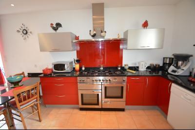 Clairvaux-les-lacs (39130), A vendre Maison contemporaine de plain pied située., Très jolie cuisine integrée