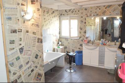 Proche de Clairvaux les lacs, Grand maison individuelle 4 chambres, avec beau terrain constructible., Salle de bain, double vasque
