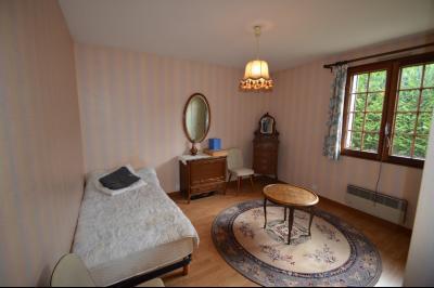 Clairvaux-les-Lacs, à vendre maison 120 m² habitables 3 chambres, dont 2 de plain pied., chambre de plain pied