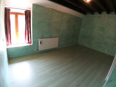 LONS-LE-SAUNIER Sud (39 JURA), à vendre maison de village de 160m², 7 pièces, avec 305m² de terrain., CHAMBRE 4