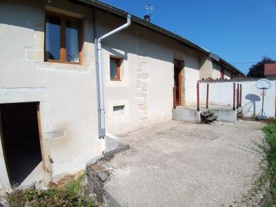 LONS-LE-SAUNIER Sud (39 JURA), à vendre maison de village de 160m², 7 pièces, avec 305m² de terrain., TERRASSE ARRIERE