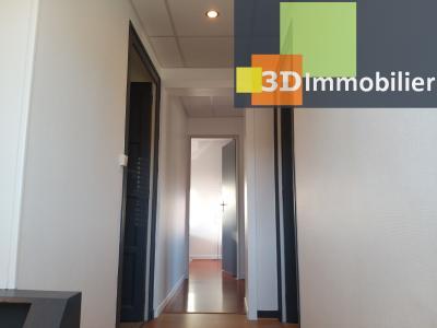 LONS-LE-SAUNIER (39 JURA), CENTRE-VILLE à vendre maison individuelle rénovée 110m², 6 pièces, jardin, COULOIR ETAGE