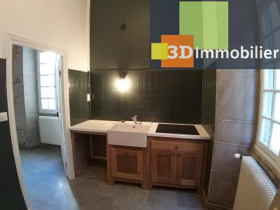 LONS-LE-SAUNIER (39 JURA), CENTRE-VILLE à vendre magnifique appartement de 120 m², 3 chambres., CUISINE