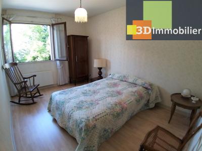 LONS-LE-SAUNIER (39 JURA), à vendre appartement centre avec terrasse, 3 chambres, 87 m² avec parking, CHAMBRE 1