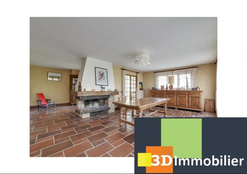 Clairvaux les Lacs (39 JURA), à vendre maison d'architecte de 309 m², 12 pièces avec 6 chambres.