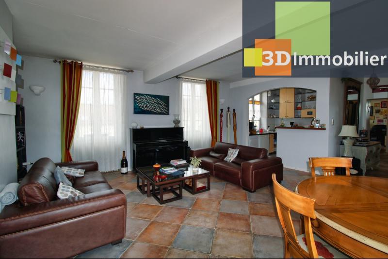 SALON - 33 m²