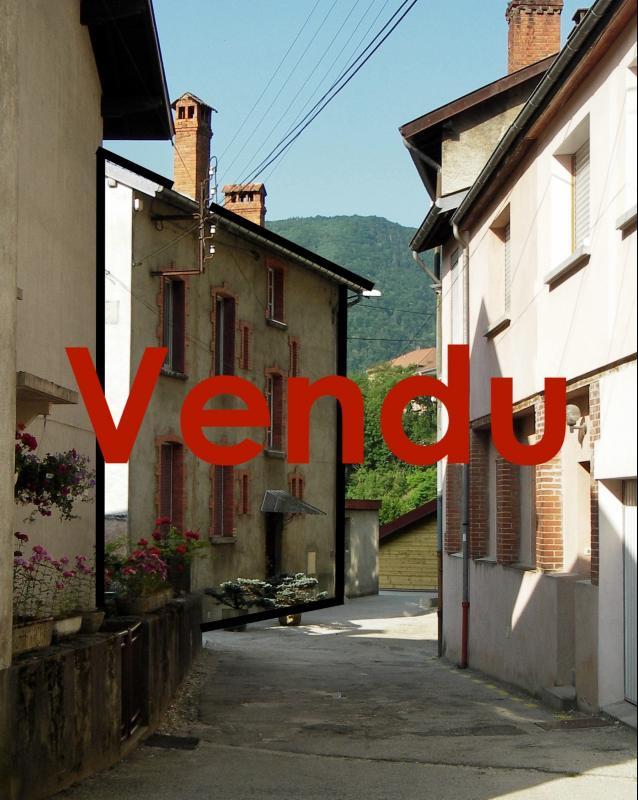 SAINT-CLAUDE (39-JURA), A VENDRE MAISON DE VILLE DE 120 m2 PROCHE CENTRE VILLE