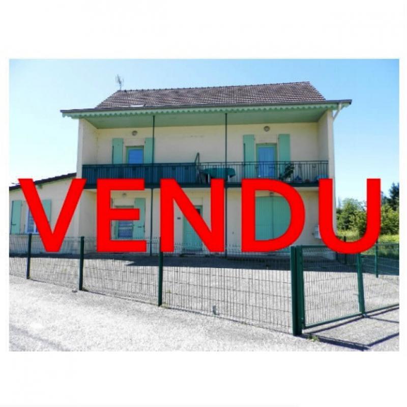 Vente LOUHANS (71), SPECIAL INVESTISSEURS : IMMEUBLE 4 logements LOUES + 2 garages