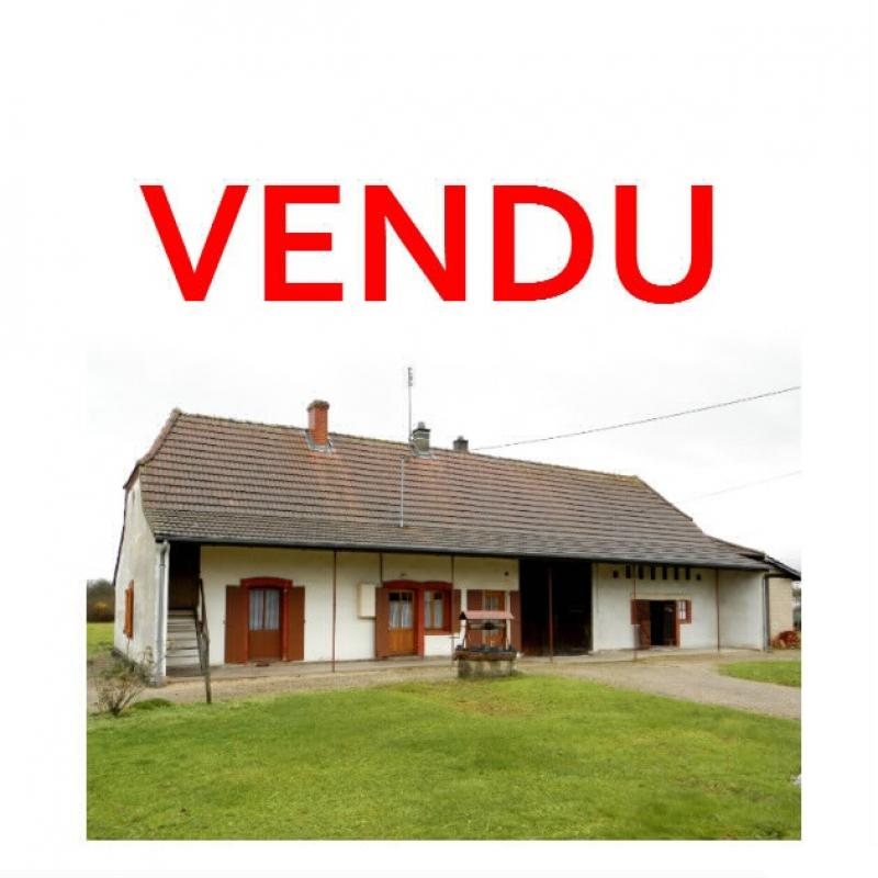 LOUHANS (71500), � vendre maison de plain-pied 110 m� environ, sur terrain plat 8618 m�.