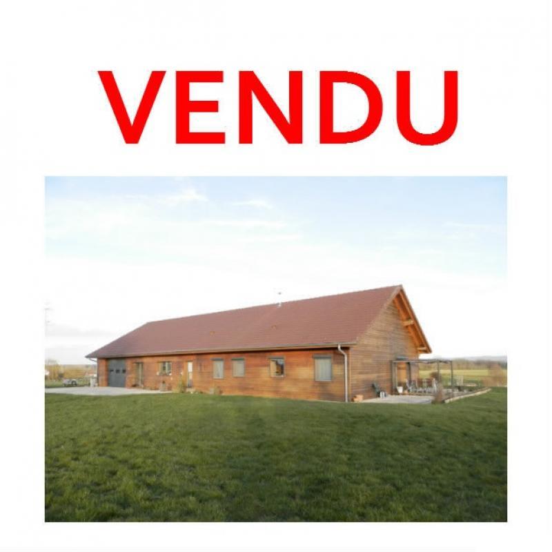 Secteur plaine JURASSIENNE (39), vends maison plain-pied 190 m² env., terrain 13580 m²