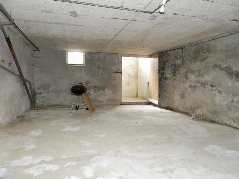 CAVE ENTERREE 40 m²
