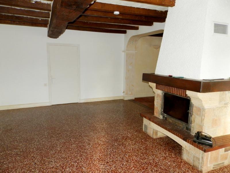 SALON 24 m²
