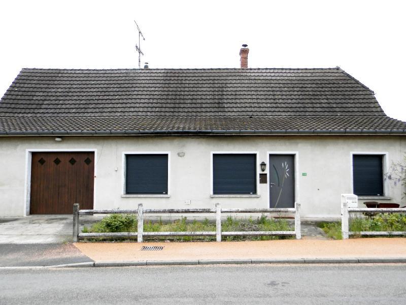 LOUHANS (71), � vendre maison 210 m� environ, six chambres, terrain 1276 m�.