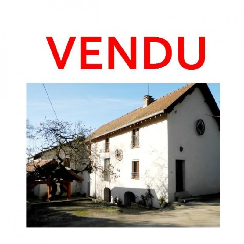 LONS LE SAUNIER nord (39), à vendre maison de village en pierre 152 m², terrain 297 m².