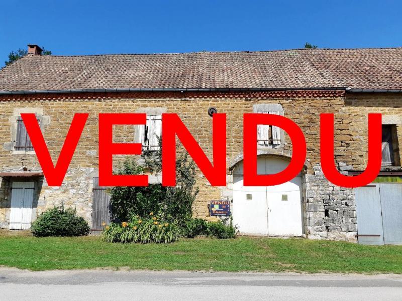 LONS LE SAUNIER (Nord), maison en pierre à rénover, terrain environ 2300 m².