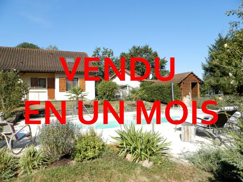 SAINT GERMAIN DU BOIS (71), maison 135 m², dépendances, piscine, calme, sur terrain 13 637 m².
