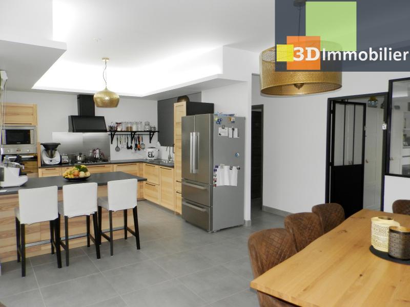 CUISINE EQUIPEE 11 m²