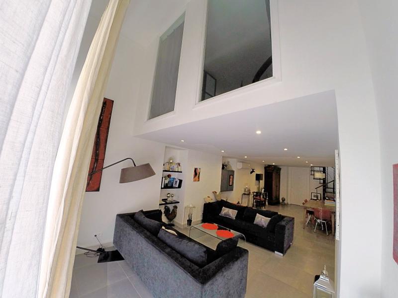 Le Cannet (06 Alpes Maritimes) � vendre appartement style loft-atelier 160m�, centre vieux Cannet.